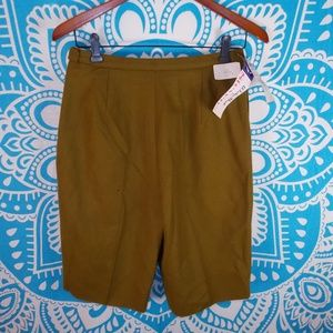Vintage 60s Wool Shorts High Waisted Army Green 6